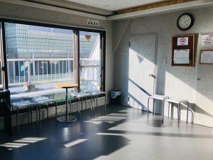 陽射しが入って 音も出せる 公民館 の代わり レンタルスペース
